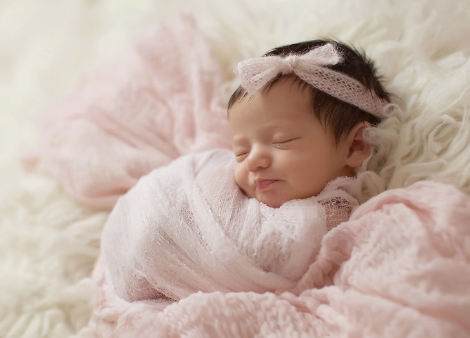 Los Angeles Newborn Baby Photographer Maxine Evans