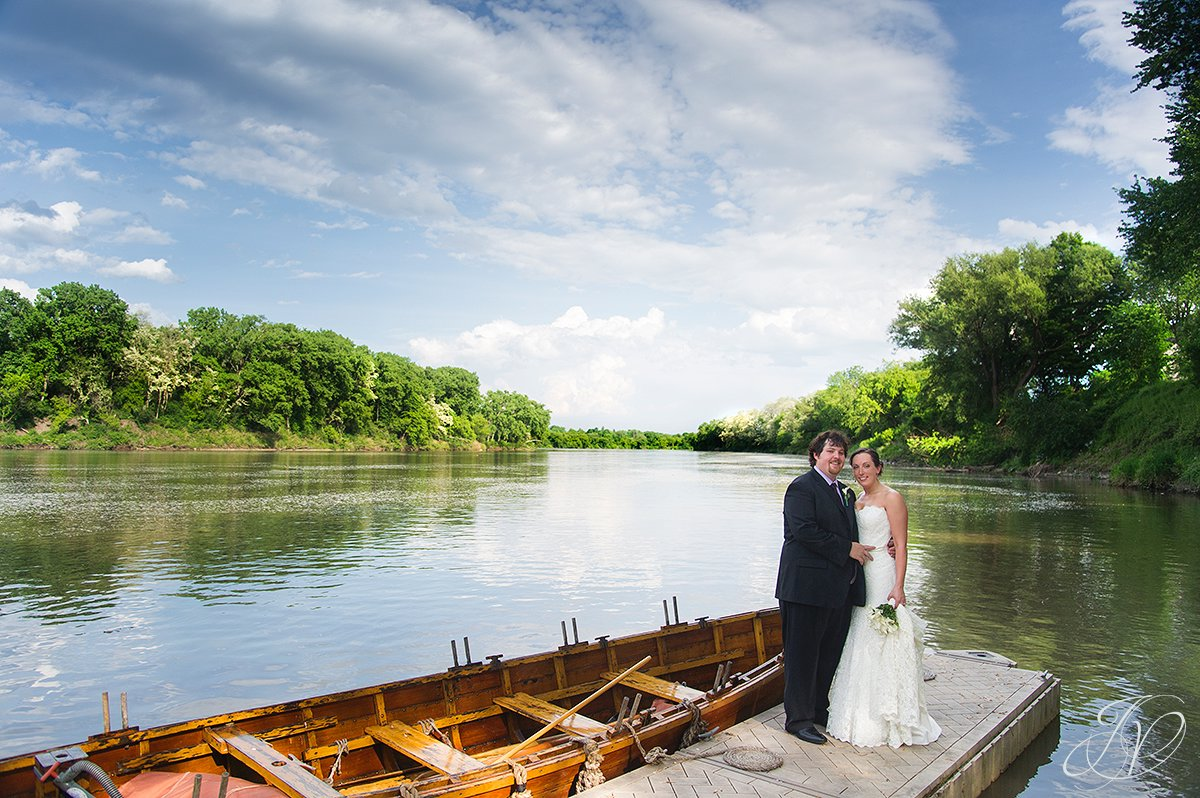 bride and groom next to river, riverside bride and groom photo, mohawk river photo, wedding at mabee Farms, Schenectady Wedding Photographer, Key Hall Proctors reception