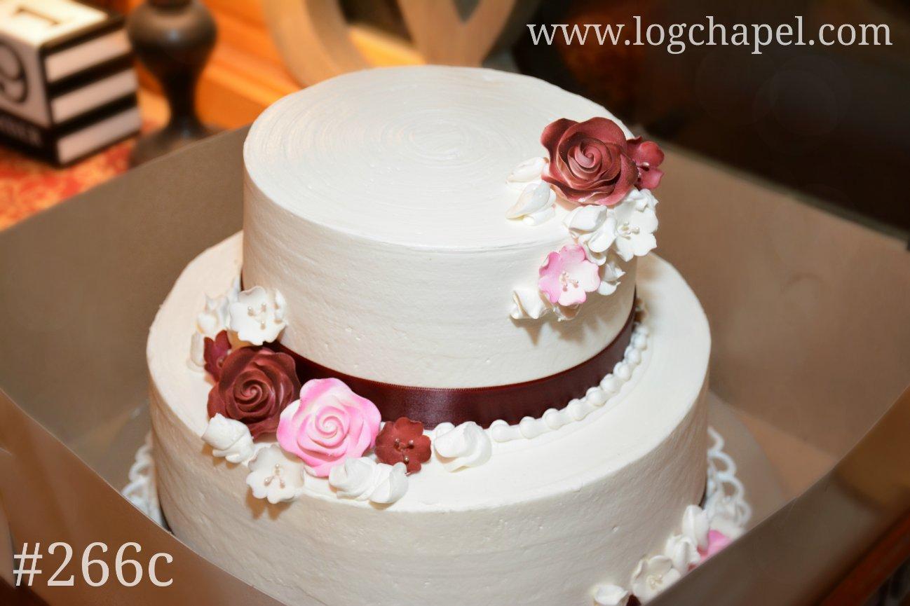 Cake Gallery - Gatlinburg\'s Little Log Wedding Chapel