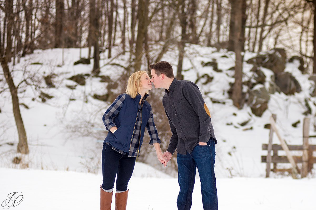 winter engagement photos jessica painter photography