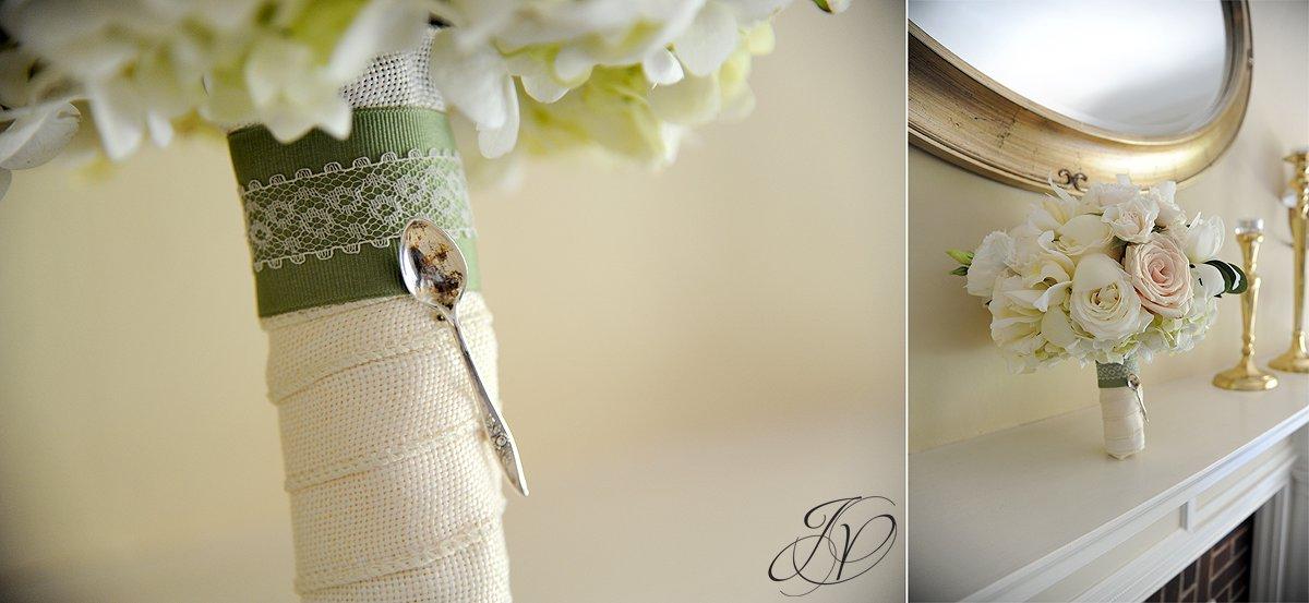 riverstone manor, schenectady wedding photographer, wedding detail photos, wedding flower photo