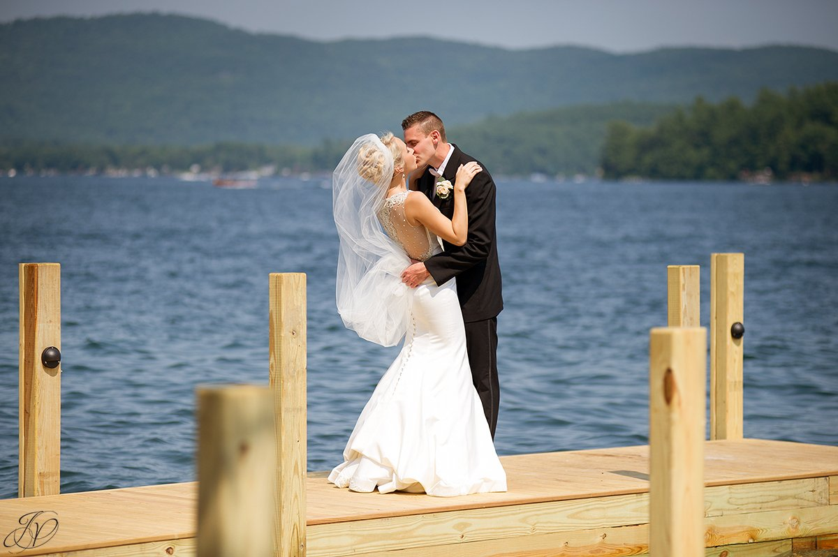 flowing veil bride and groom lakefront lake george